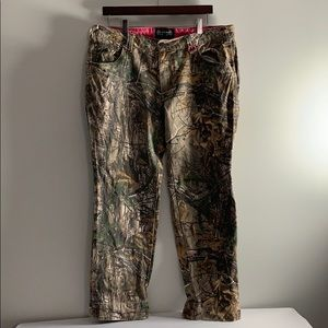 Camo Pants Size 16 Skinny Leg